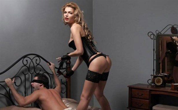 Photo of Fantezi Ürünler İle Cinsellikte Doyumu Arttırmak